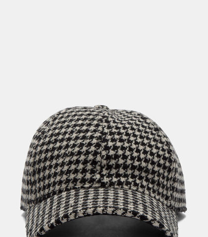Houndstooth Tweed Cap by Ami