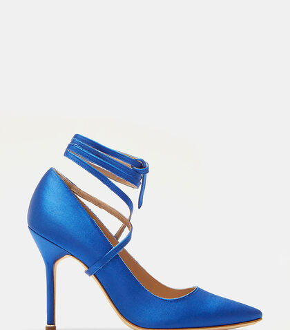 Manolo Blahnik Ankle Tie Stiletto Heeled Pumps by Vetements