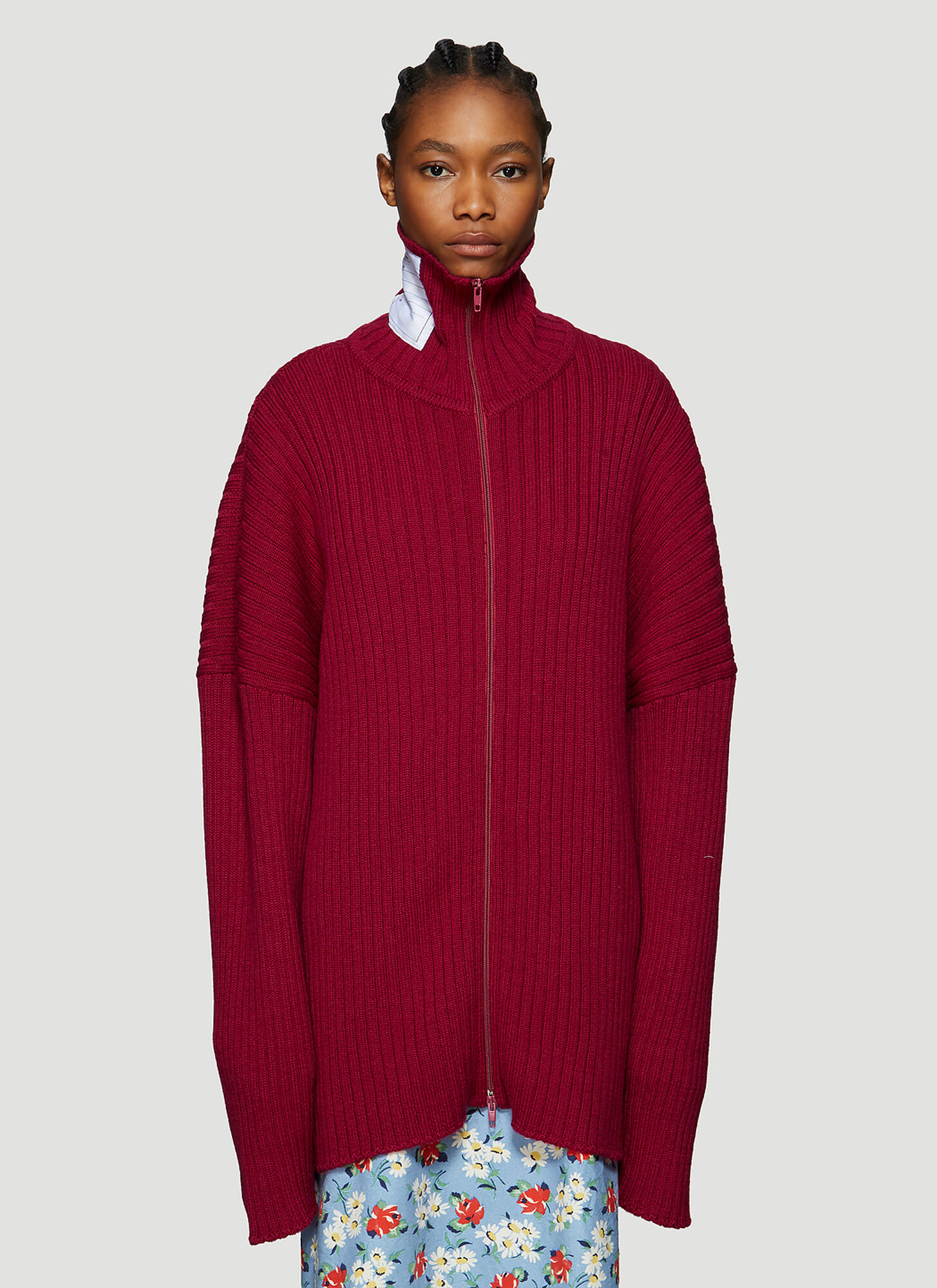 Vetements Oversized Zip-Up Knitted Cardigan in Red