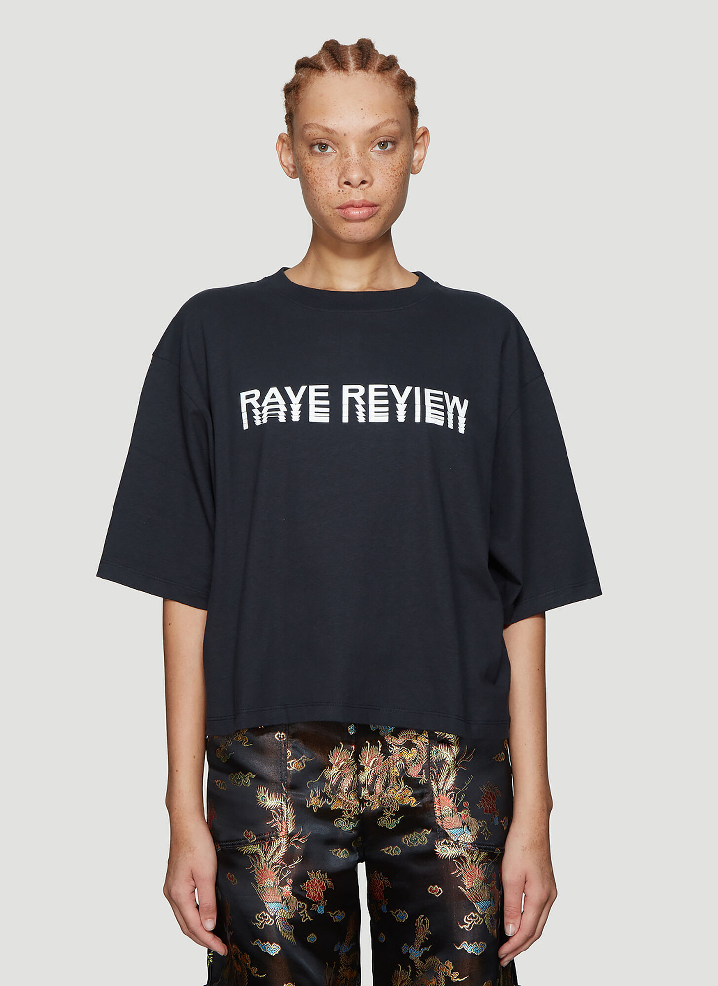 Rave Review Niki Cropped T-Shirt in Black