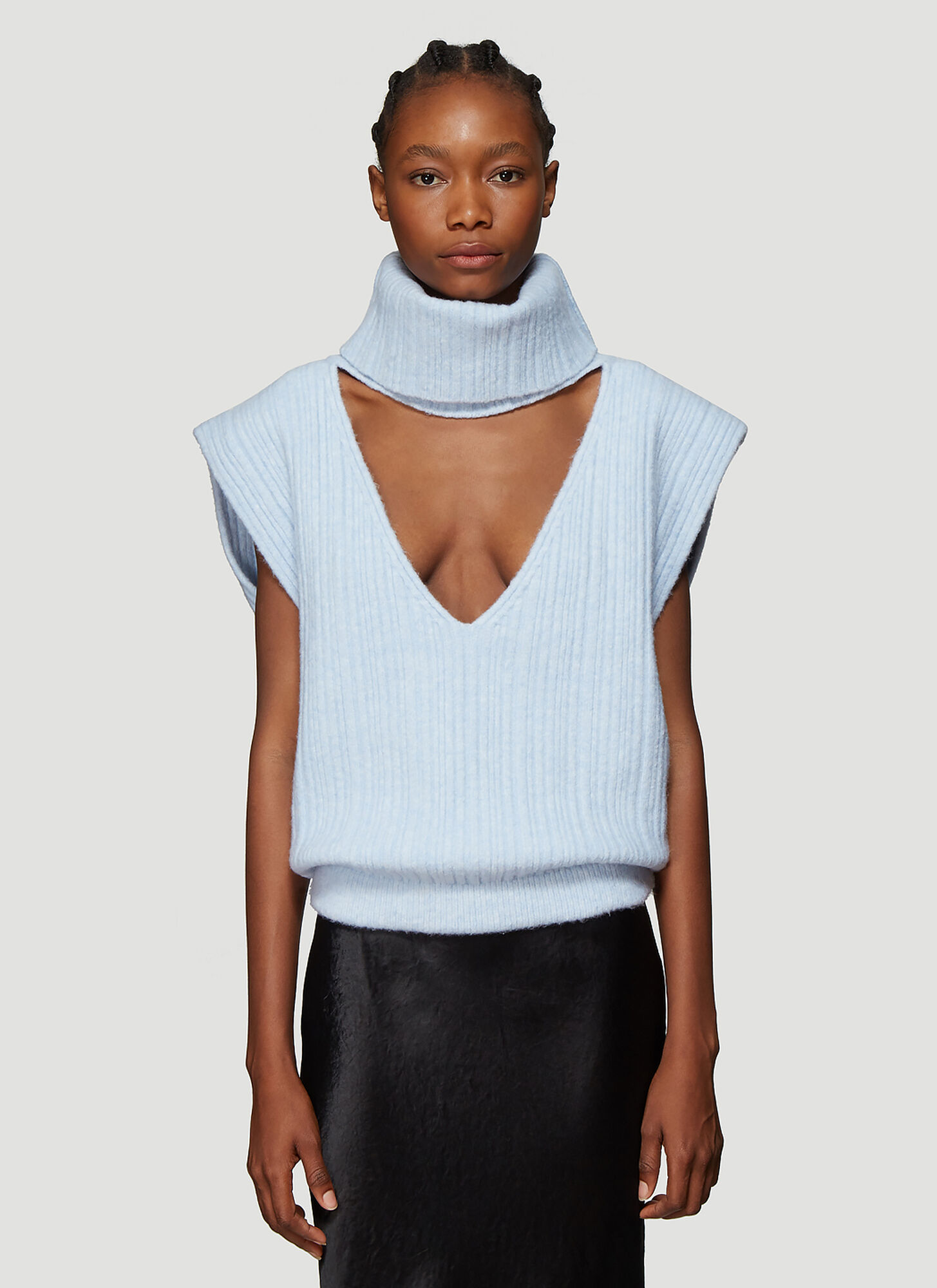 Jacquemus La Maille Aube Cropped Turtleneck Sweater in Blue