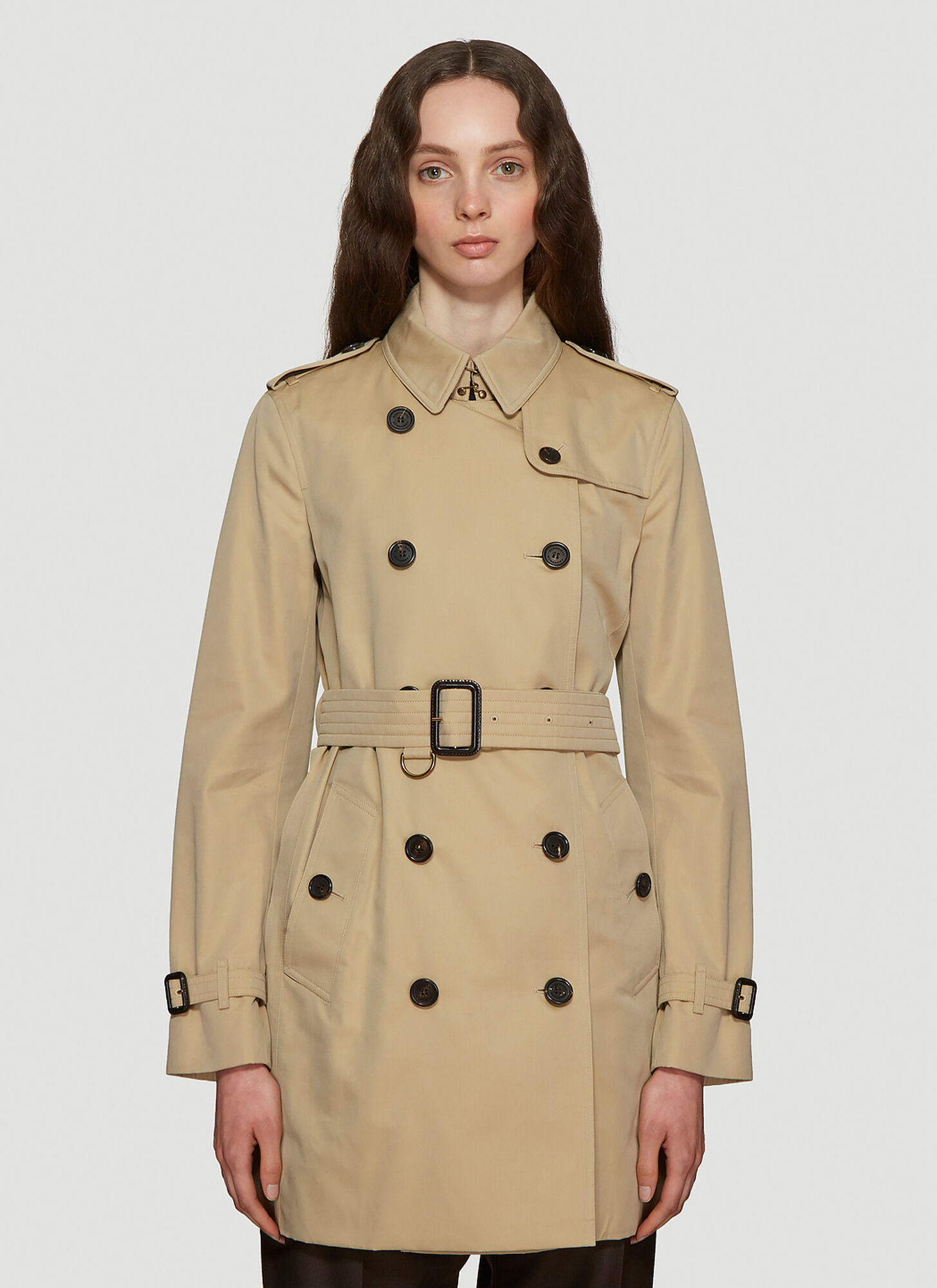 Burberry Kensington Heritage Trench Coat in Brown